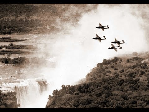 Flying and farming in Rhodesia