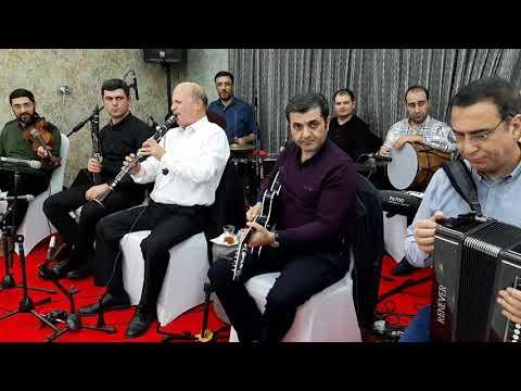 Elman Namazoğlu(gitara)Ənvər(qarmon)Hakim(klarnet)Ramin(skripka)Radim(klarnet) Sənətkarlar bir arada