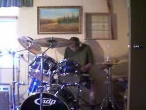 Soulfly - Porrada cover on drums.