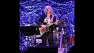 "Lucinda Williams 2017-05-05 Tarrytown Music Hall ""Six Blocks Away"""