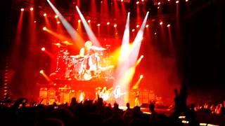 Aerosmith- Lodz 2014- Joe introduces Freedom Fighter
