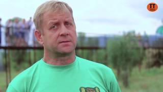 Кормление львов в парке львов «Тайган» в Белогорске и интервью владельца Олега Зубкова