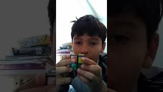 How to solve a rubix cube 2x2 easy yay