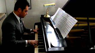 ADRIANO URSO PIANO SOLO PLAYS COLE PORTER CLASSIC SONG GET OUT OF TOWN (2011)