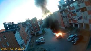 2016 горит автомобиль