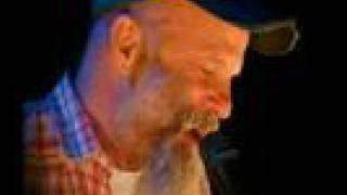 "Seasick Steve TV3 ""Dog House Boogie"""