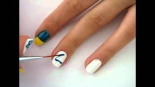 Маникюр *Флаги*(прочитай меня* на ногтях присутствуют: на большом пальце- Британский флаг на указательном - флаг Украины..., 2012-01-18T18:58:57.000Z)