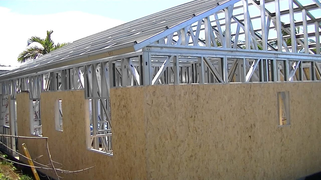 Maisons ossature m tallique video chantier 2 les for Autoconstruction maison prix