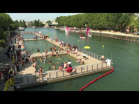Paris opens one of its canals to swimmers