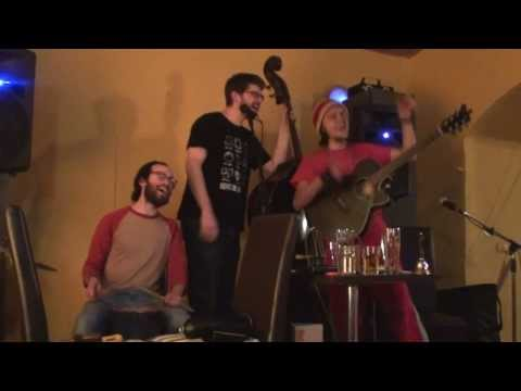 United Breaks Guitars - Gsus (Original by Dave Carroll)