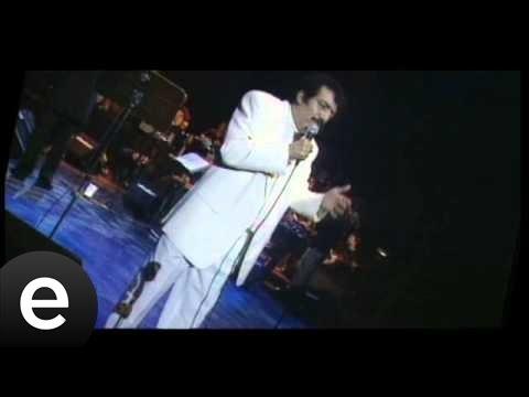 Ben İnsan Değil Miyim (Müslüm Gürses) Official Music Video #beninsandeğilmiyim #müslümgürses