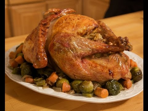 Italian Thanksgiving Turkey Recipe - Rossella's Cooking with Nonna