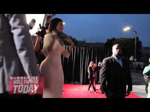 Nicki Minaj Arrives to The Other Woman Film Premiere in Maybach