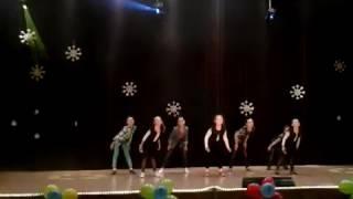 Танец. Шоу гёрлз