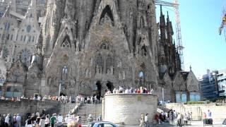 Барселона - Храм Святого Семейства(архитектор: Антонио Гауди строится с 1882 года., 2011-10-22T14:45:53.000Z)