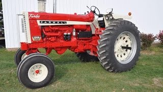 1967 IHC 1206 Tractor Sold for $23,500 on Iowa Farm Auction