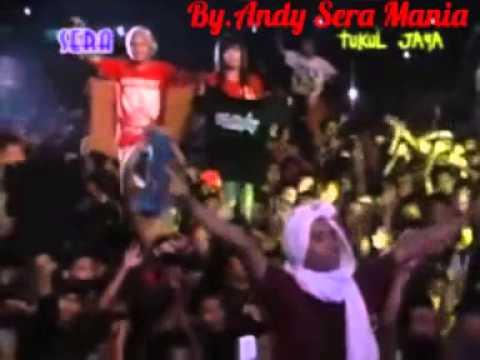 SERA - TAK PERNAH TERNILAI - VIA VALLEN LIVE KARANGANYAR 2015