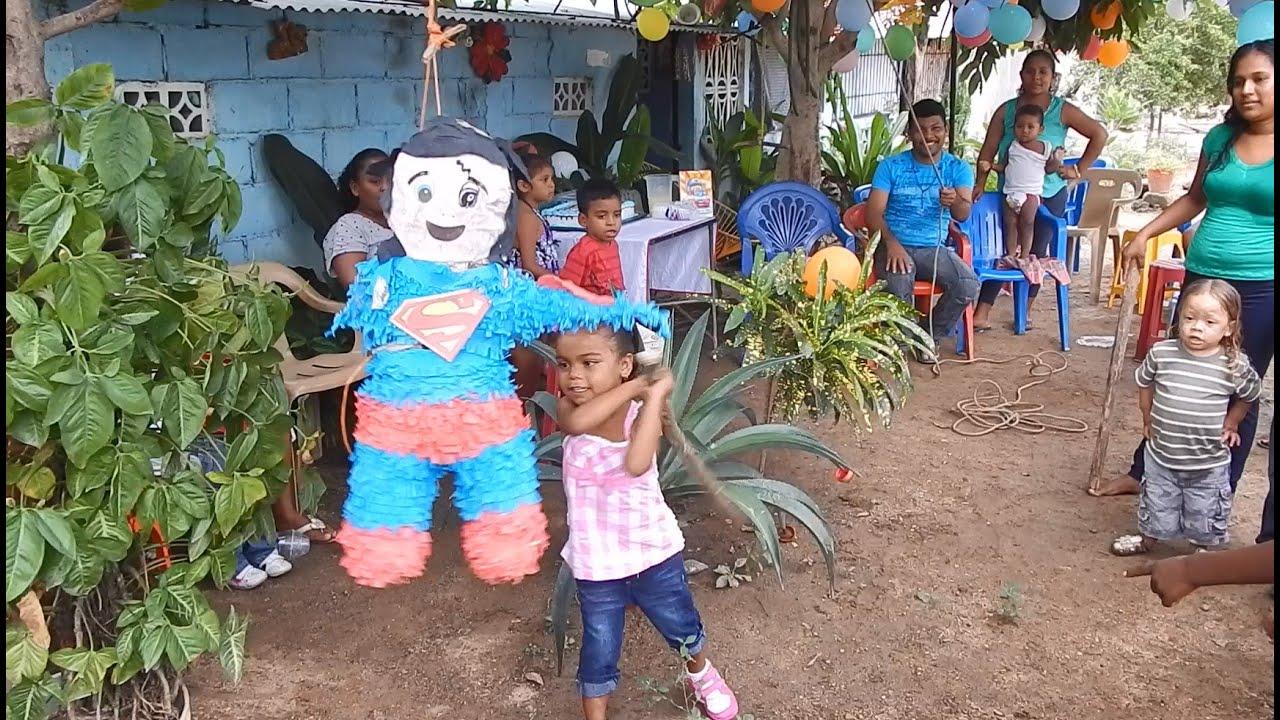 piata en fiesta de cumpleaos infantiles costa chica guerrero mexico