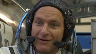 Canadian astronaut David Saint-Jacques reaches ISS