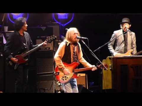 """""""Free Fallin"""" Tom Petty & the Heartbreakers@Wells Fargo Center Philadelphia 9/15/14"""