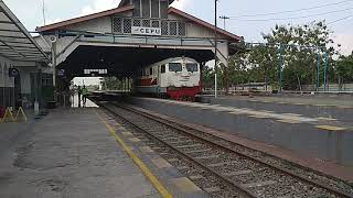 Video LANGKA Loko JENGKY Simbah BB3048407 Berangkat Stasiun Cepu download MP3, 3GP, MP4, WEBM, AVI, FLV September 2018