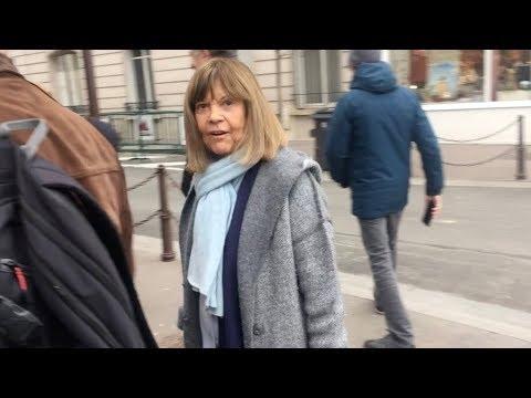 EXCLUSIVE : Chantal Goya arriving at RTL radio station in Paris