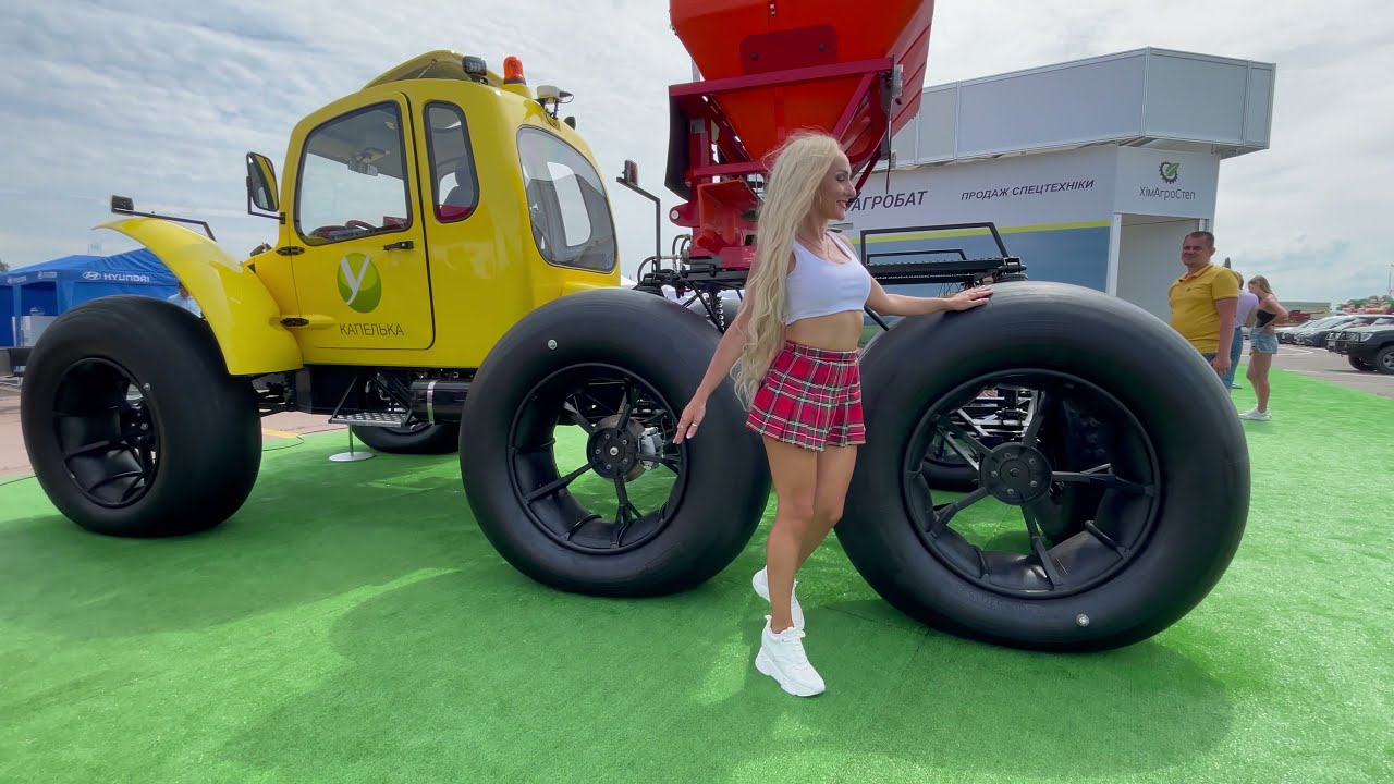 Farm #WithMe Pretty Girl Tractor Driver Silage Machines Smart Hay Farming 2021 DIY Combine Harvester