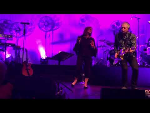 Belinda Carlisle, Vision Of You. 1st Night Of The 30th Anniversary Tour, Salisbury