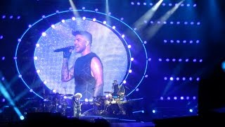 Queen + Adam Lambert - Bohemian Rhapsody - Singapore F1 GP 2016 ア...