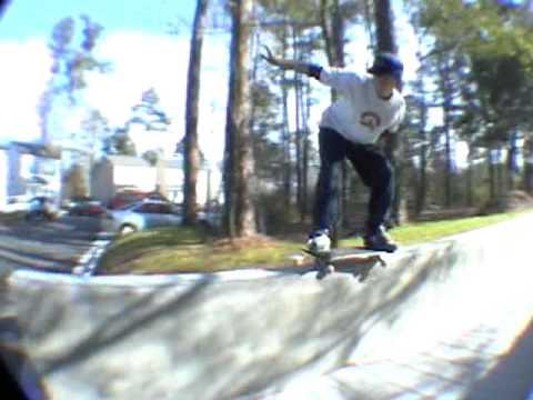 Bloodwhite Skateboards - Mini Clip #4