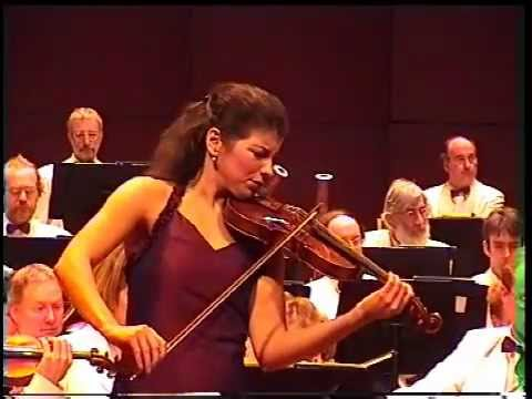 Johan Svendsen Romance in G for Violin and Orchestra Op. 26    -    Marta Abraham