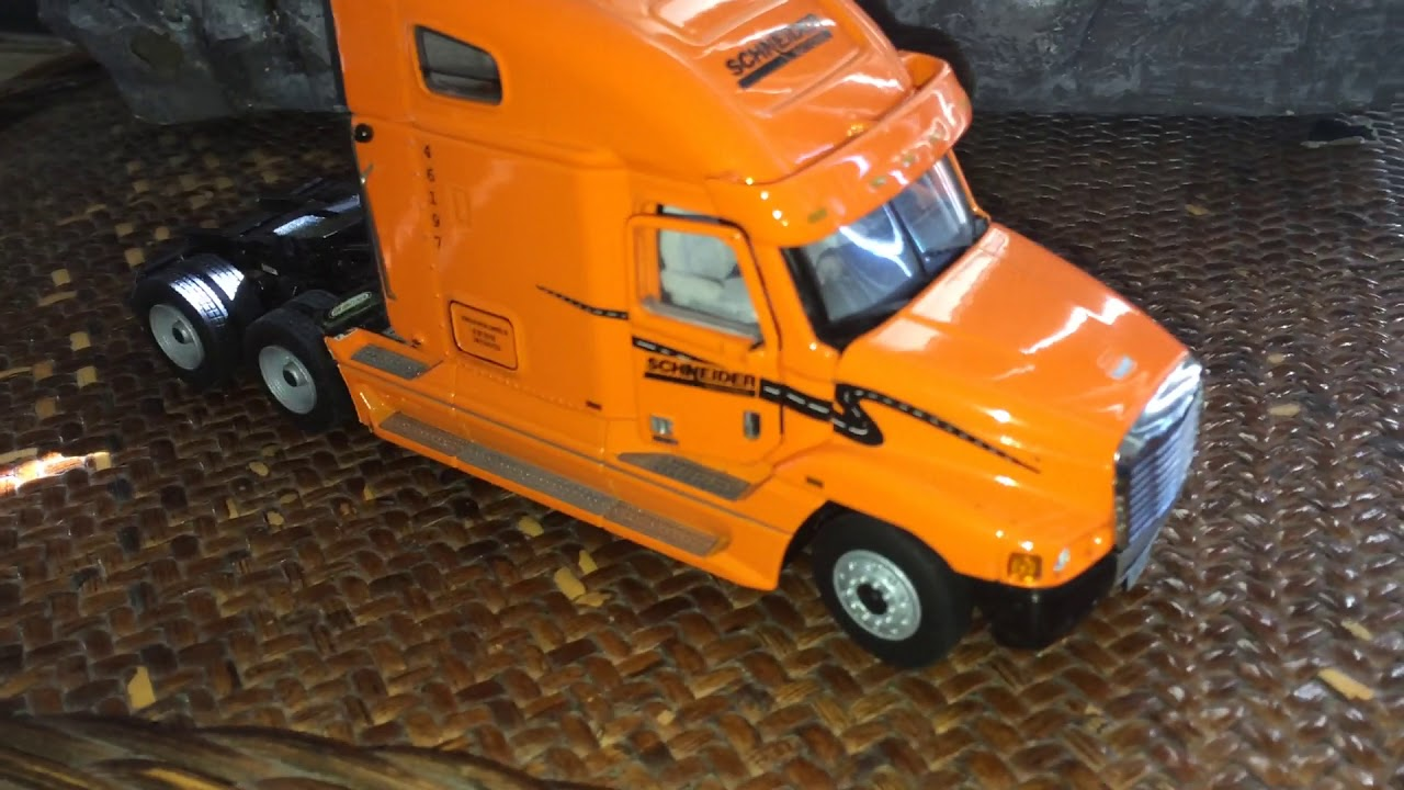 Freightliner Century Schneider 150 Review Youtube