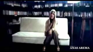 Video Fatin Shidqia Lubis - Aku Memilih Setia (Official Video Clip) download MP3, 3GP, MP4, WEBM, AVI, FLV Juli 2018