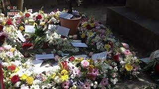 Addio ad Andrea Camilleri, il saluto al cimitero acattolico