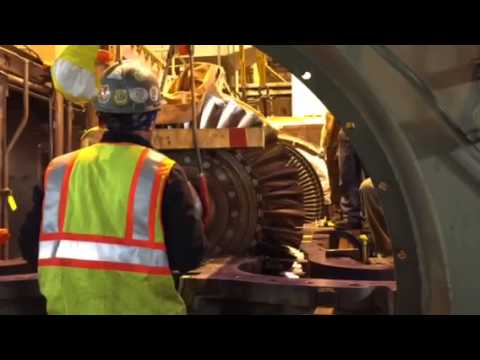 ge frame 7 gas turbine rotor placement in lower case youtube. Black Bedroom Furniture Sets. Home Design Ideas