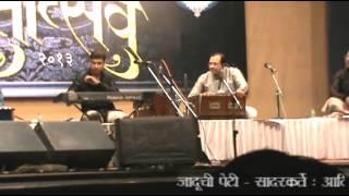 Jaduchi Peti - Jhumka Gira re LIVE in Concert