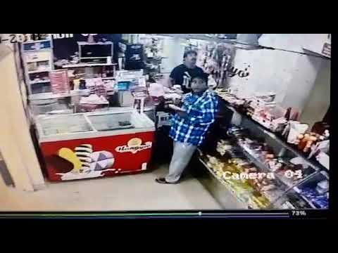 Pickle Theft caught on camera Here In Mangaluru