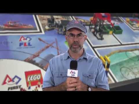 TRASH TREK Robot Game video
