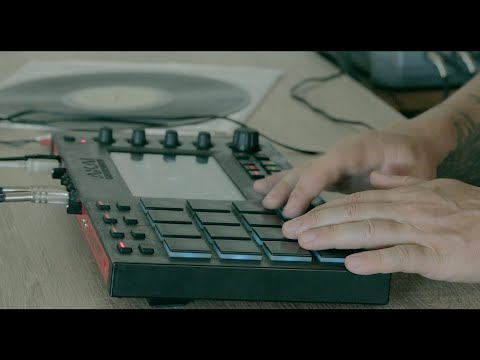Akai Mpc Touch making a sample based Beat