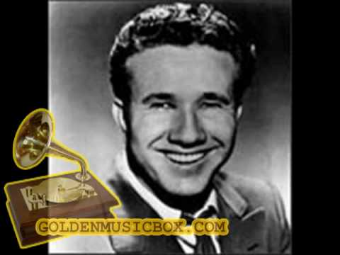 Marty Robbins singing Ain't I the Lucky One