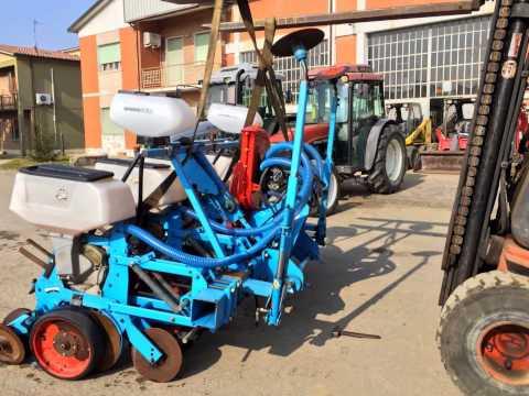 trattori e attrezzi agricoli usati seminatrice monosem