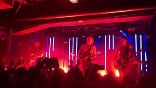 5 Seconds of summer - talk fast. New unreleased song (5SOS3 tour, Stockholm 20.03.18)