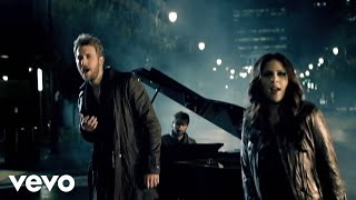 Смотреть клип Lady Antebellum - Hello World