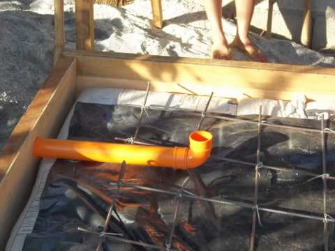 Sandbag house Philippines 2012