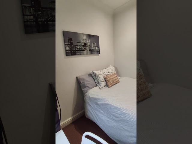 Cosy double room - 4 bed flat  Main Photo