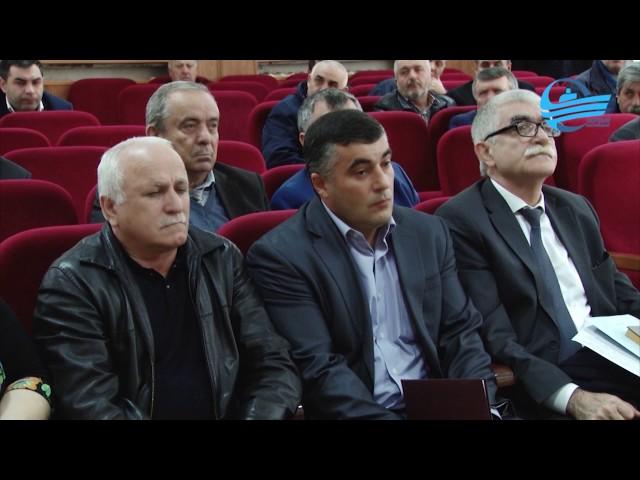 В Администрации Каспийска прошло еженедельное совещание под руководством главы города М. Абдулаева