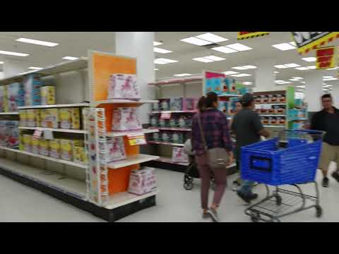 The Last Days of KMart in Middle Village