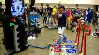 """Pump It Up Prime 2015 -Crazy Dance to Big Bang """"Fantastic Baby""""  Anime Expo 2015"""
