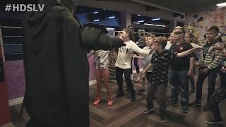 Харли Квинн, Джокер, Бэтмен и Женщина Кошка на дне рождения Есении