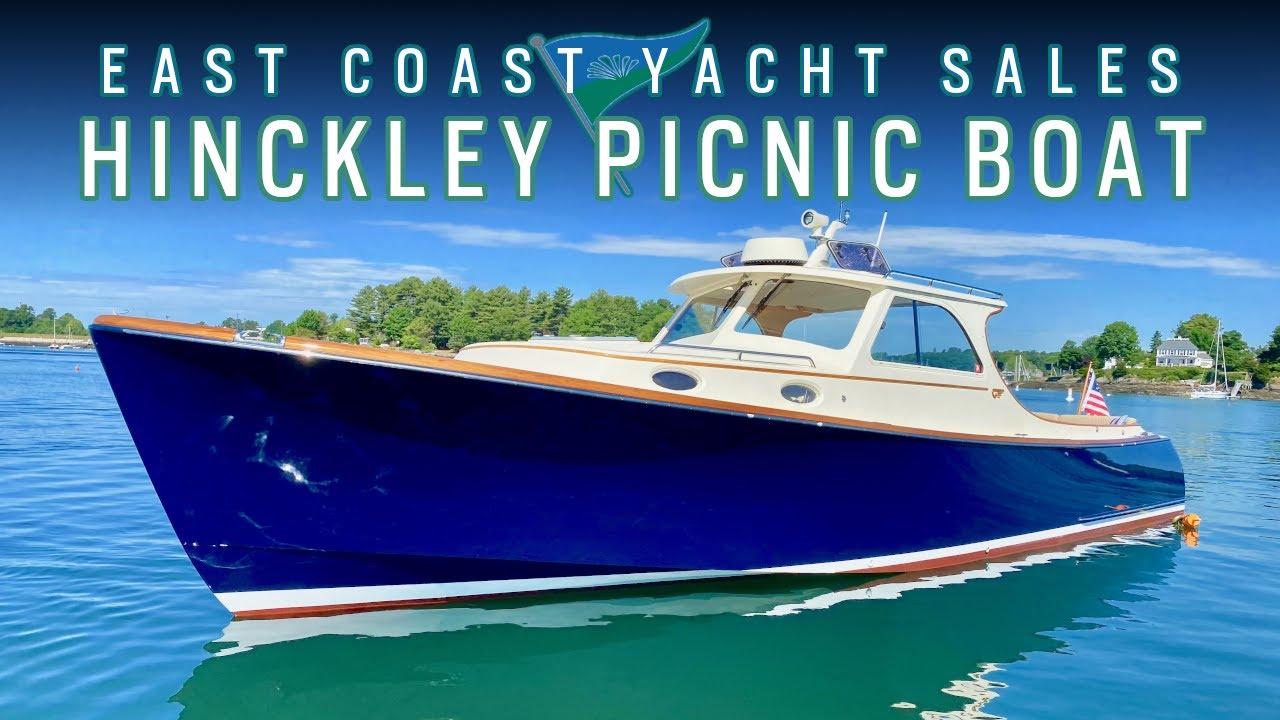 Classic Hinckley Yachts Picnic Boat : 'AVALON'